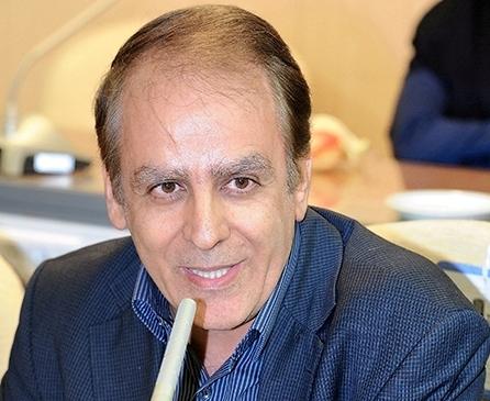 دکتر علیرضا قانعیان  رئیس تجهیزات پزشکی